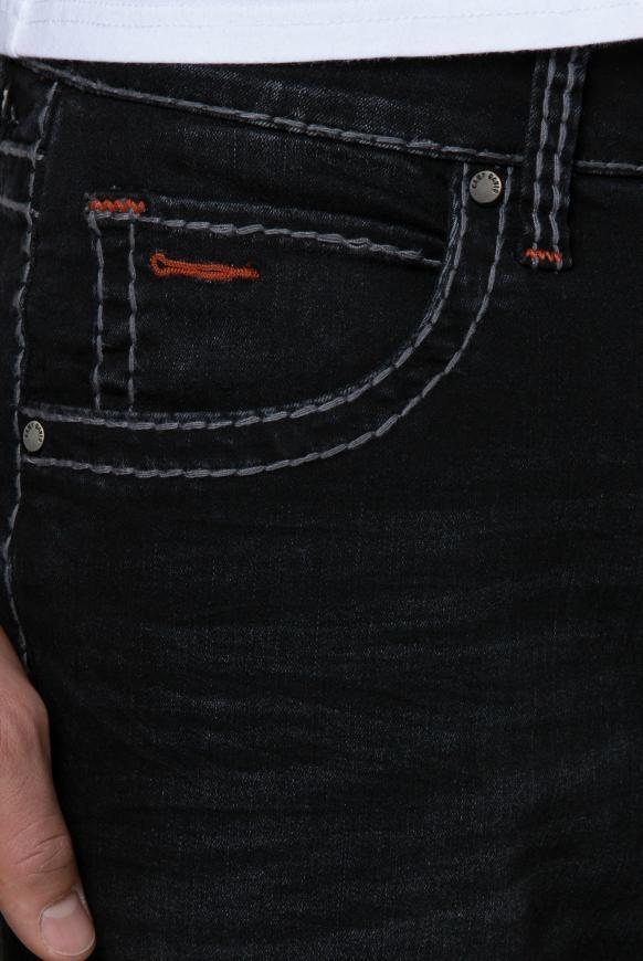 Jeans NI:CO mit Used-Optik und Kontrast-Details