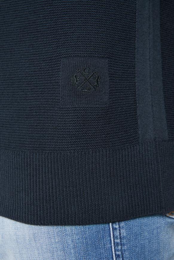 Kapuzenpullover mit kleinem Logostick