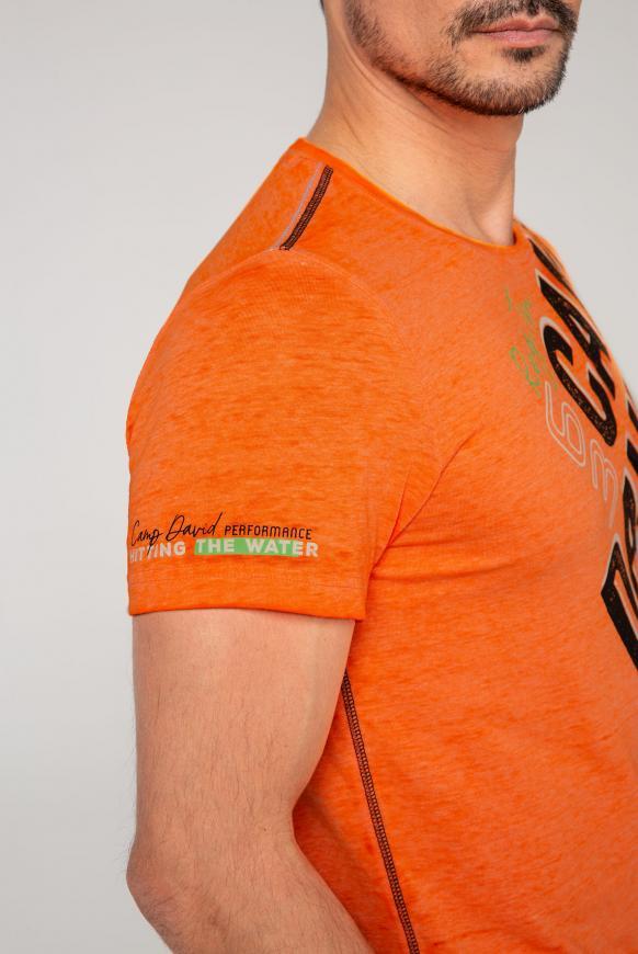 T-Shirt mit Logo und Ausbrenner-Effekten