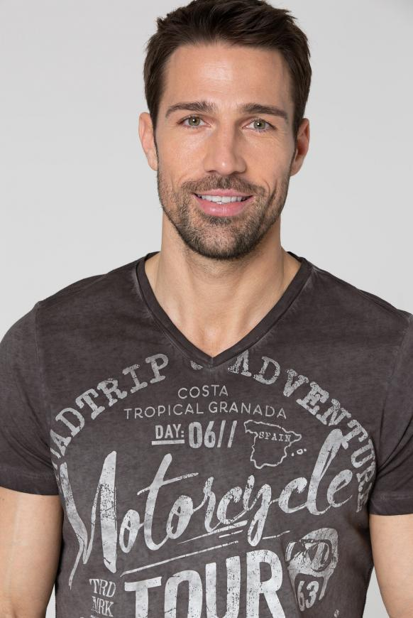 T-Shirt V-Neck mit Prints