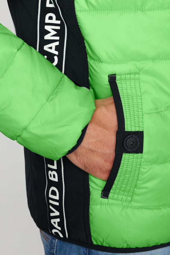 Jacke im Materialmix mit Rücken-Artwork
