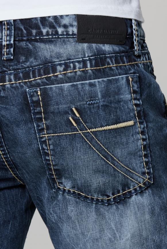 Jeans NI:CO mit Bleaching-Effekten