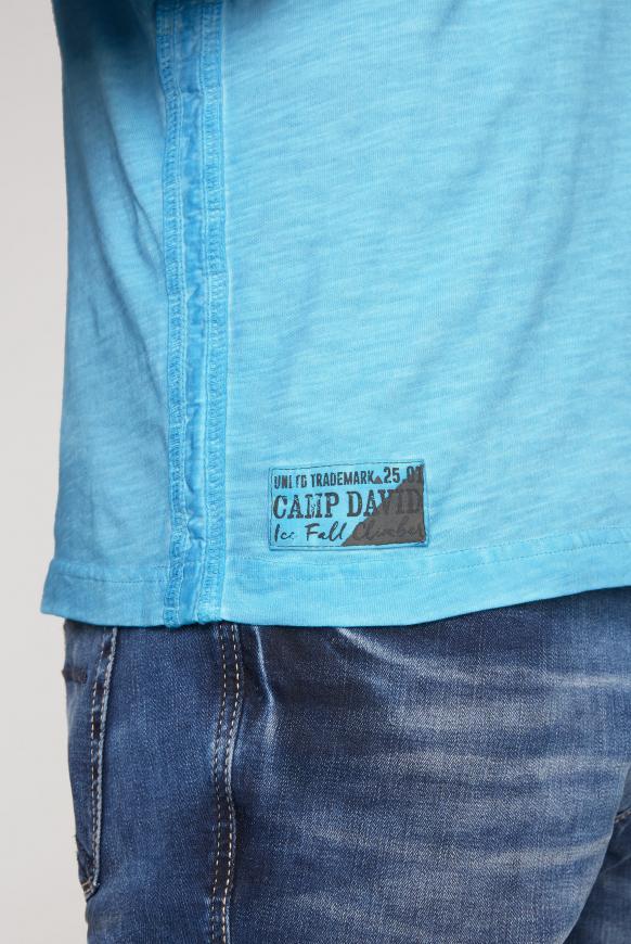 Poloshirt Oil Dyed mit Artworks und Tasche