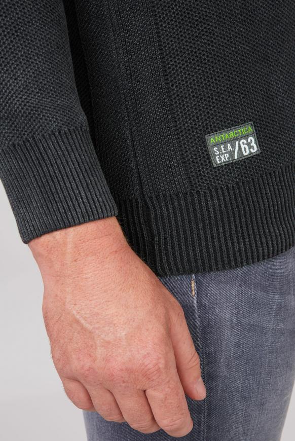Pullover mit Troyer-Kragen und Artworks