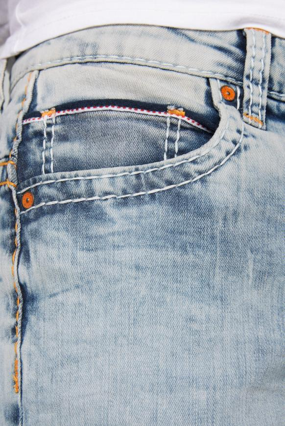 Skater Jeans CO:NO mit Bleaching-Effekten