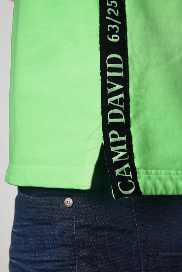 Sweatshirt mit Troyer-Kragen und Artworks