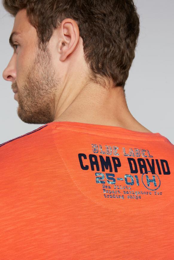 T-Shirt aus Flammgarn mit Label Print