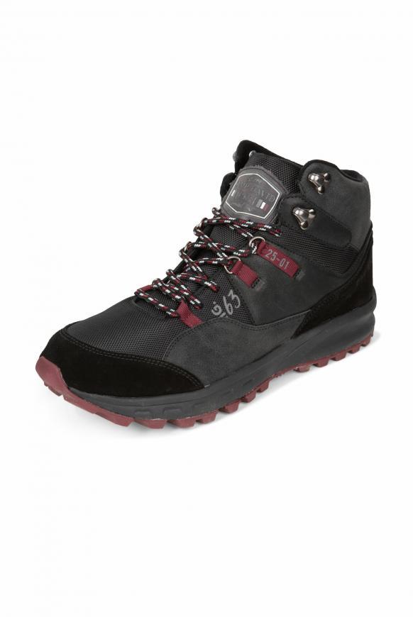 Hiking Sneaker mit griffiger Sohle