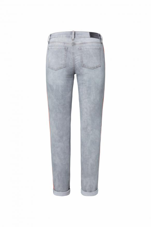 Jeans CH:EA mit Neon-Piping und Used-Optik