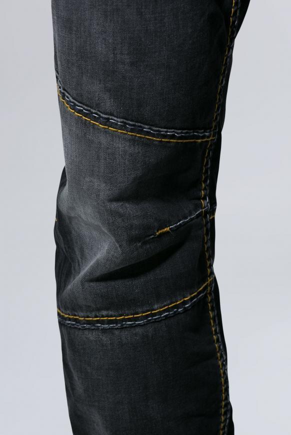 Jeans HE:RY im Vintage Look mit Biker-Elementen