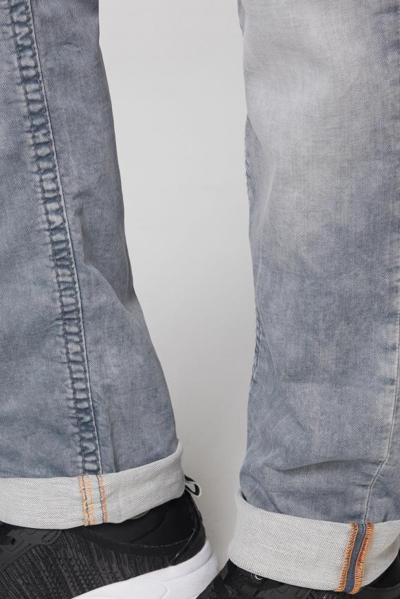 Jeans NI:CO aus Sweatmaterial im Denim Look
