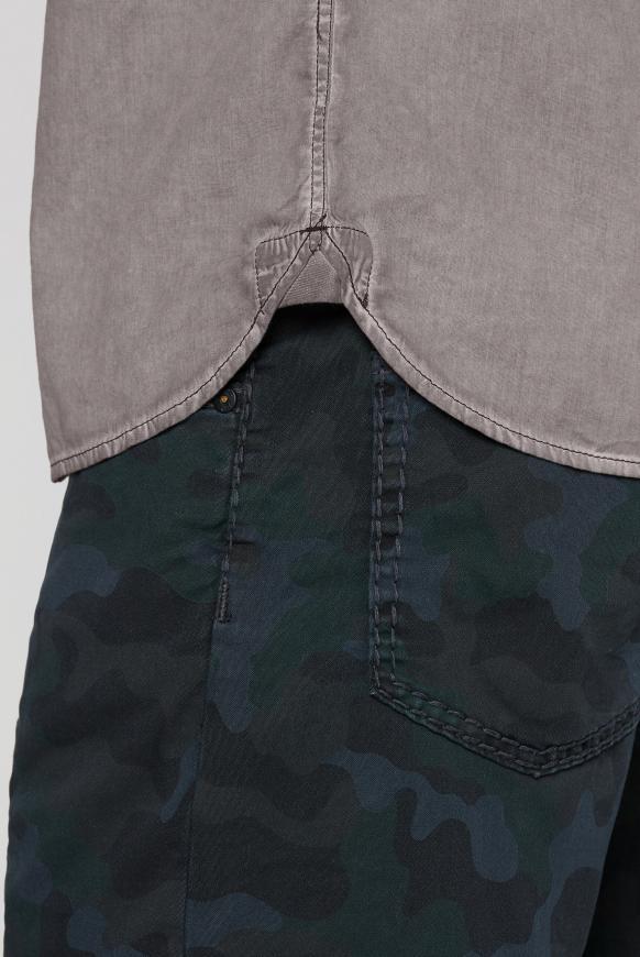 Kurzarmhemd mit Artworks und Tasche