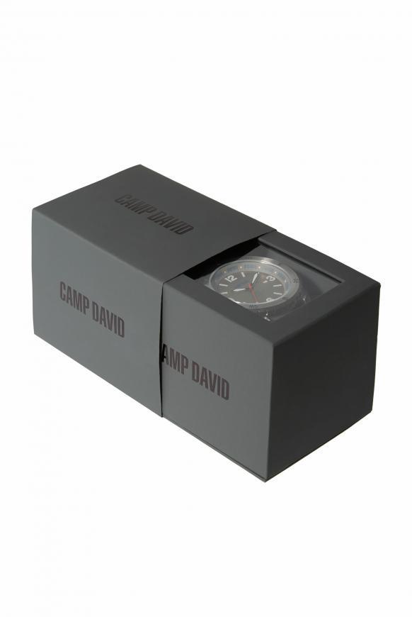Uhr aus Edelstahl mit Gliederarmband