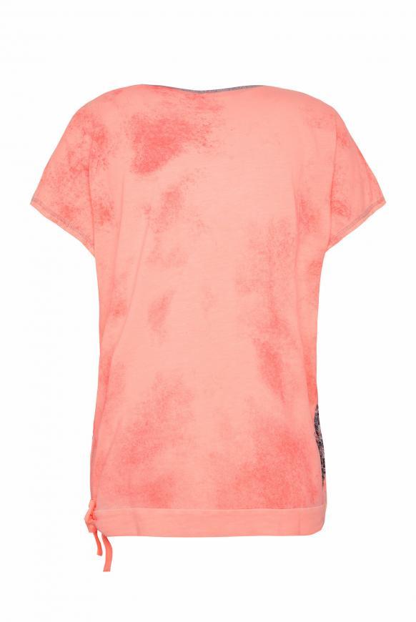 T-Shirt mit Artwork und Knotensaum