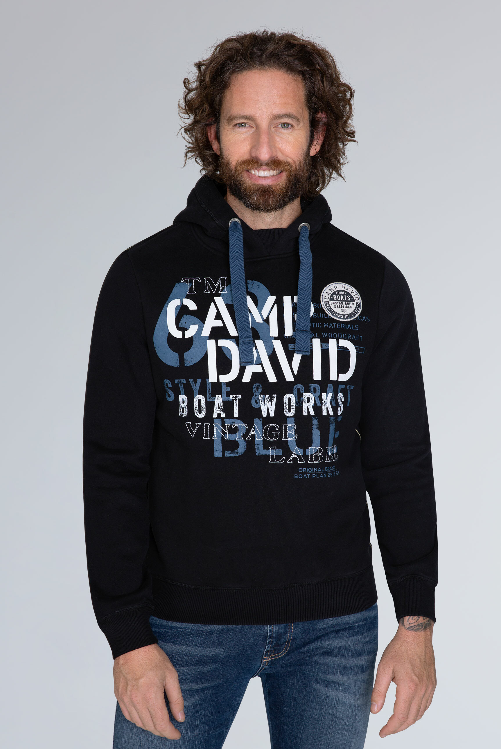 good out x coupon codes sneakers CAMP DAVID & SOCCX   Hoodie mit großen Label-Applikationen