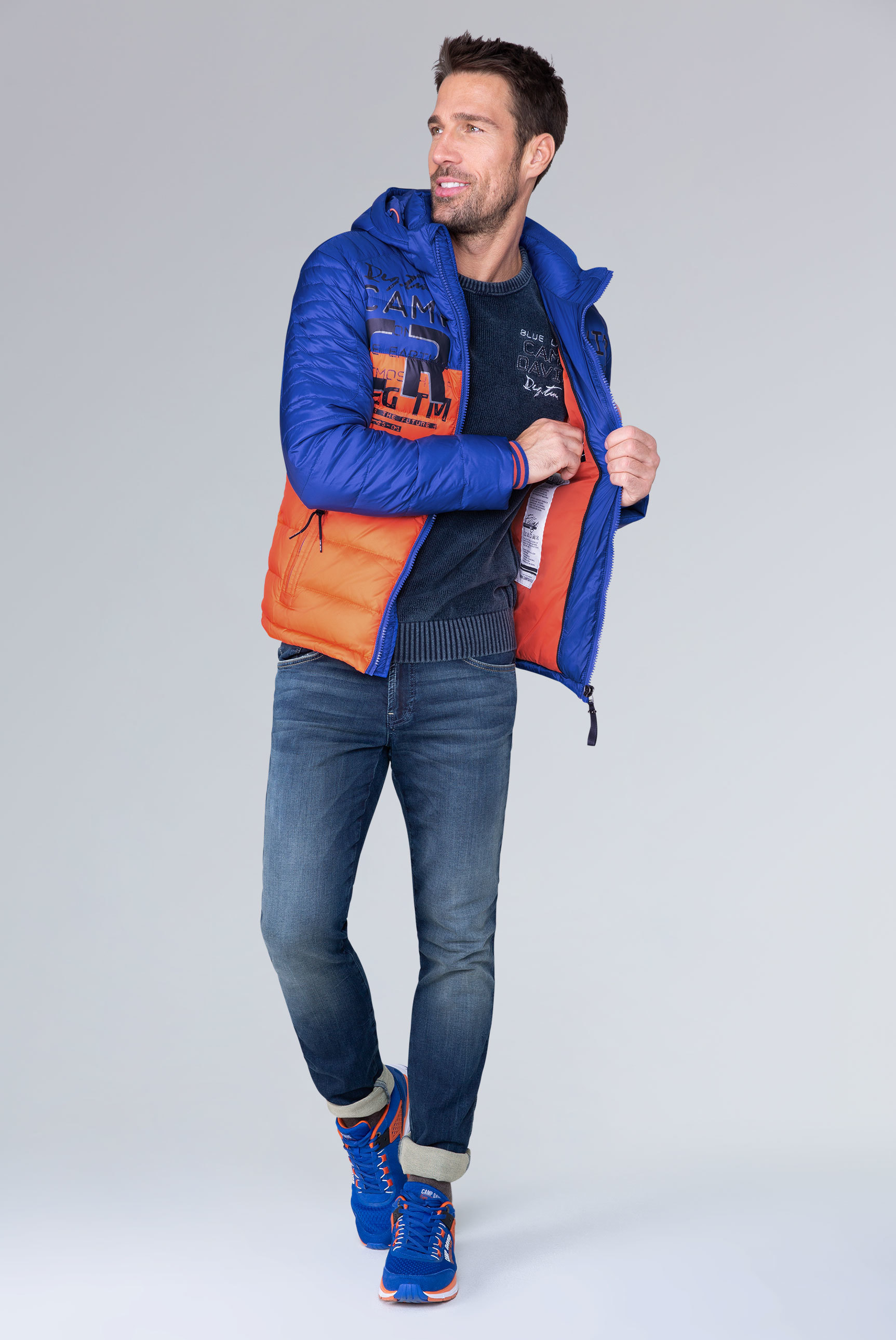 Daunenjacke mit Colour Blocking und Prints