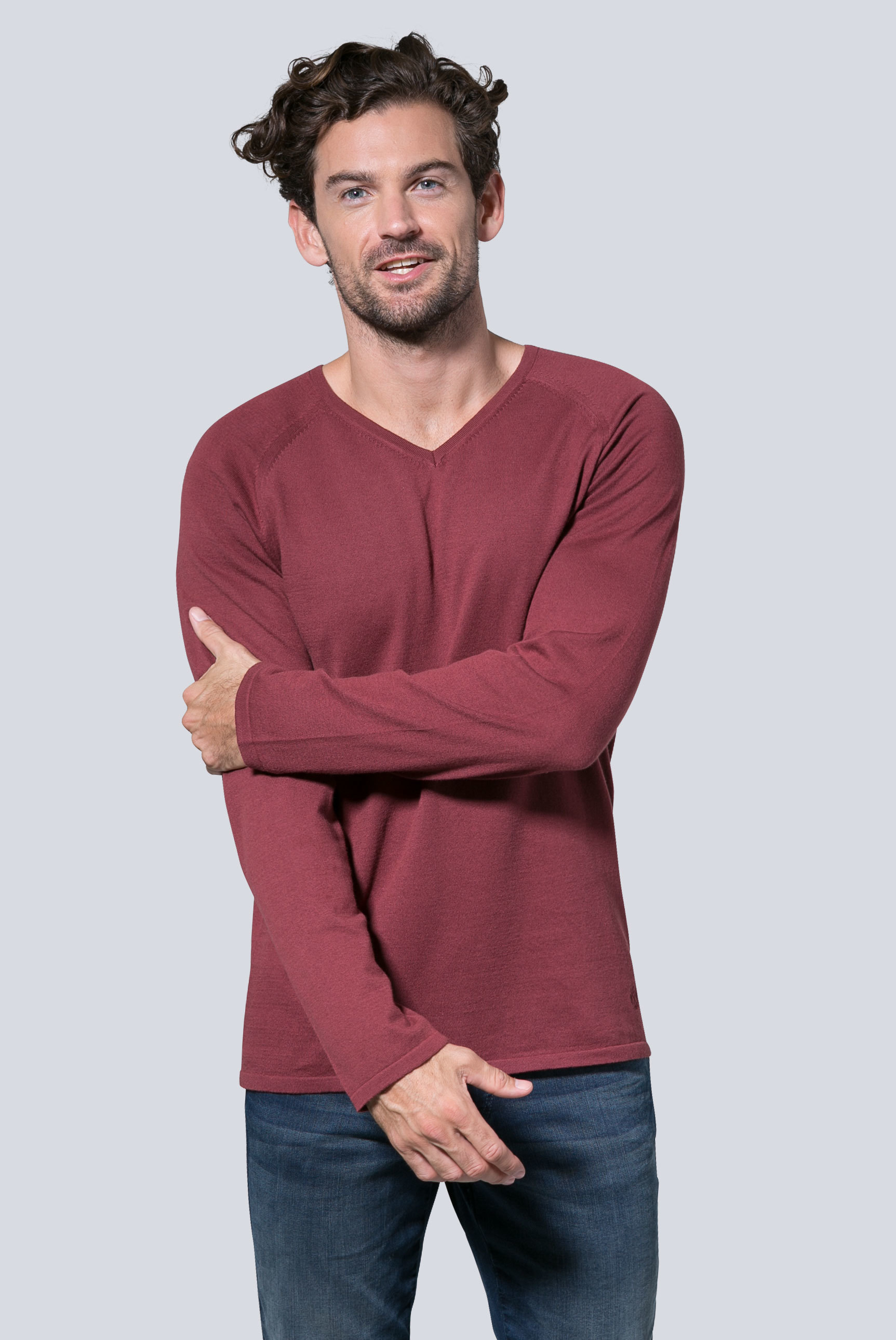 Leichter Raglan Pullover mit V-Neck