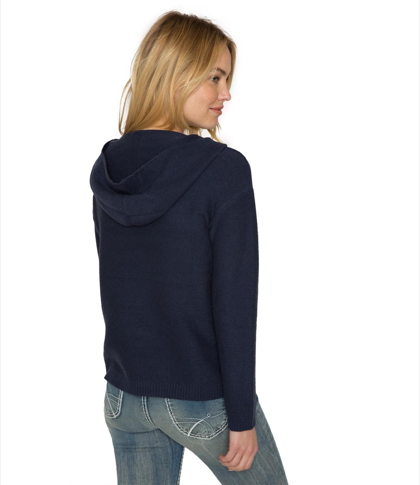 Pullover mit Kapuze und Embroidery