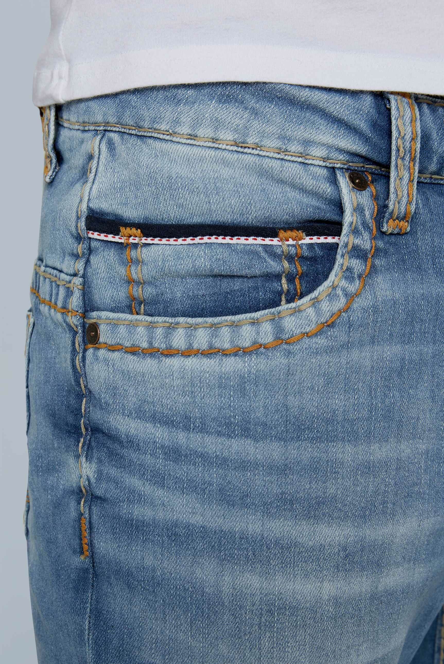 Comfort Fit Jeans CO:NO im Retro Style