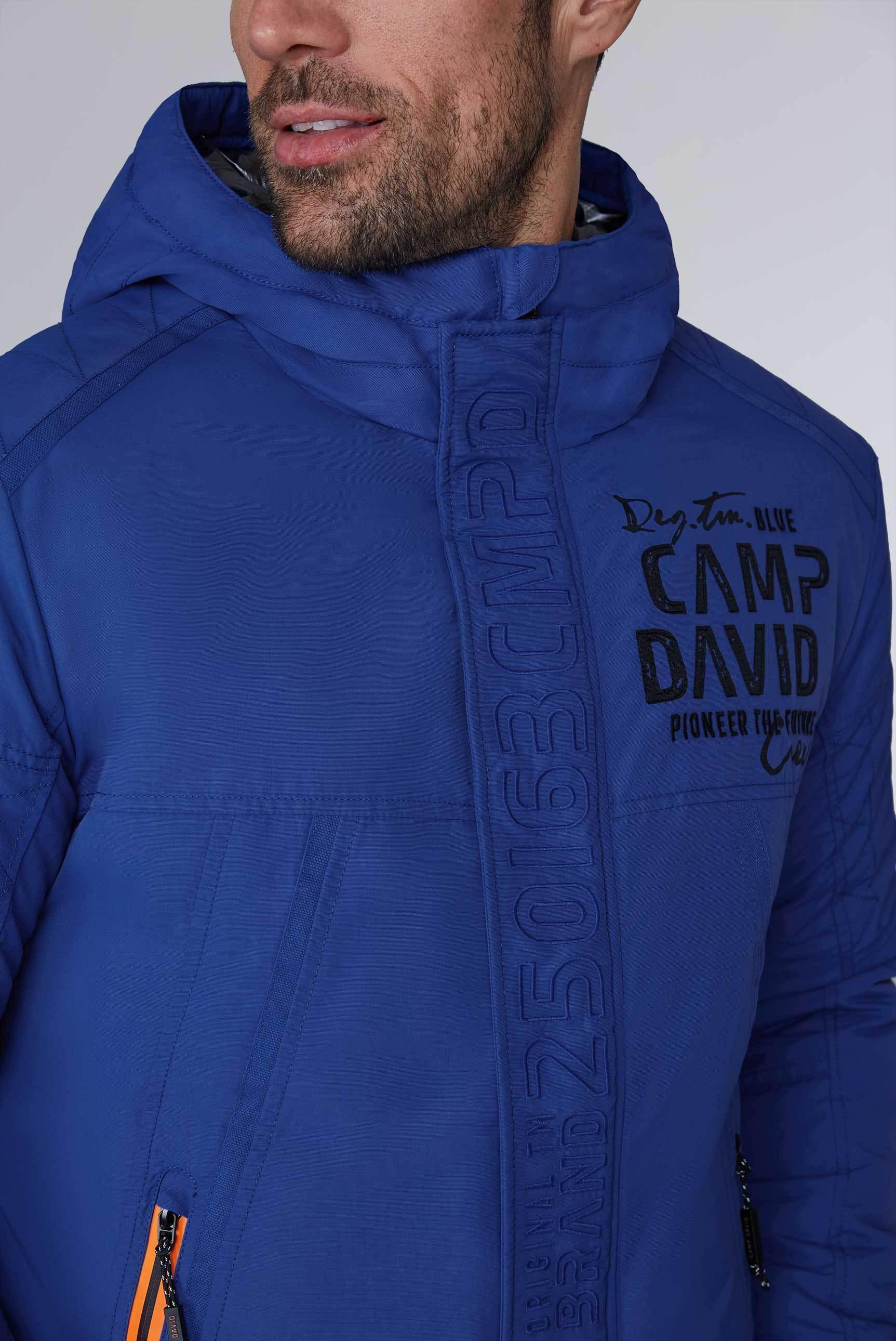 CAMP DAVID & SOCCX | Jacke mit Kapuze und Label Applikationen