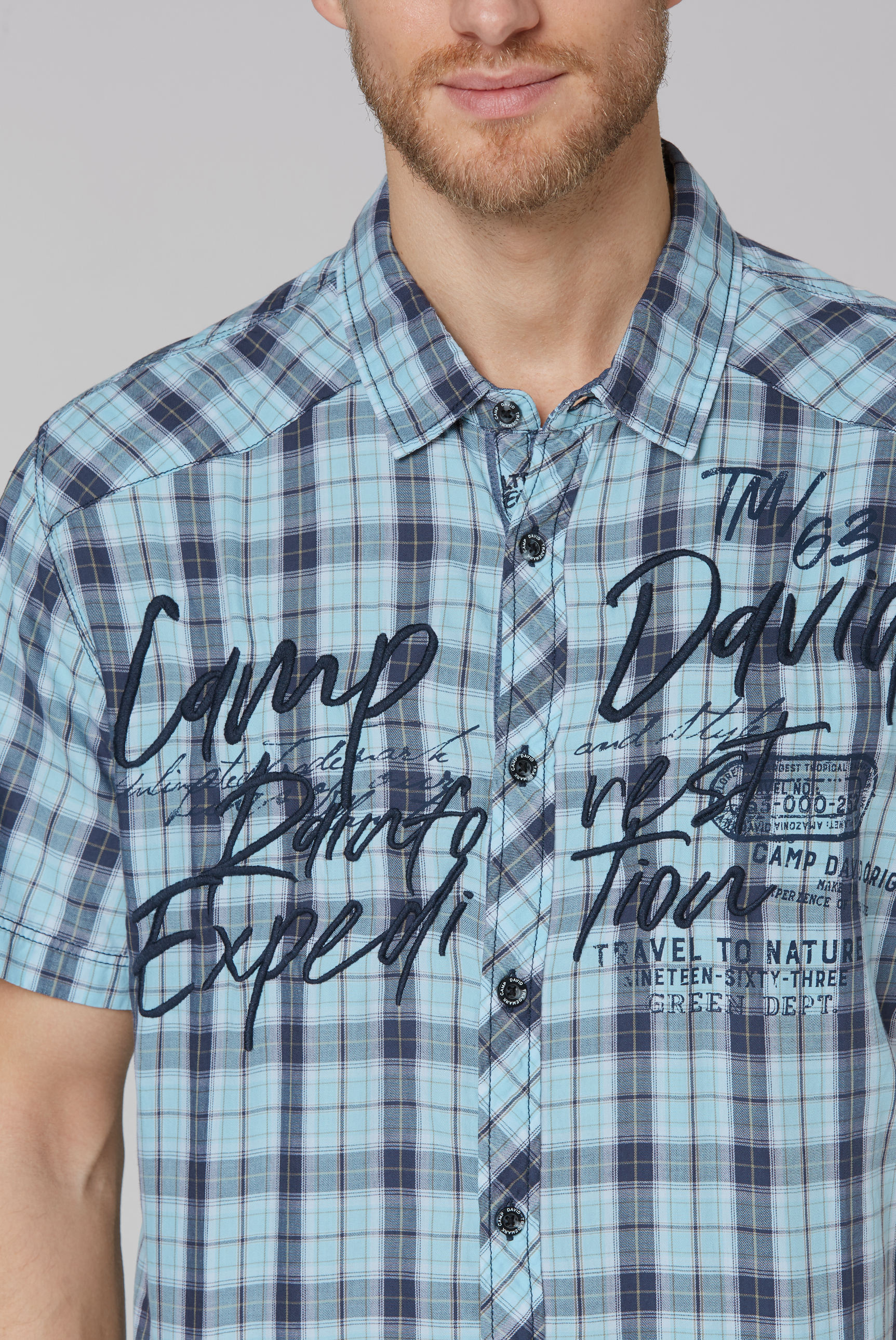 Kariertes Kurzarmhemd mit Logo-Stickereien