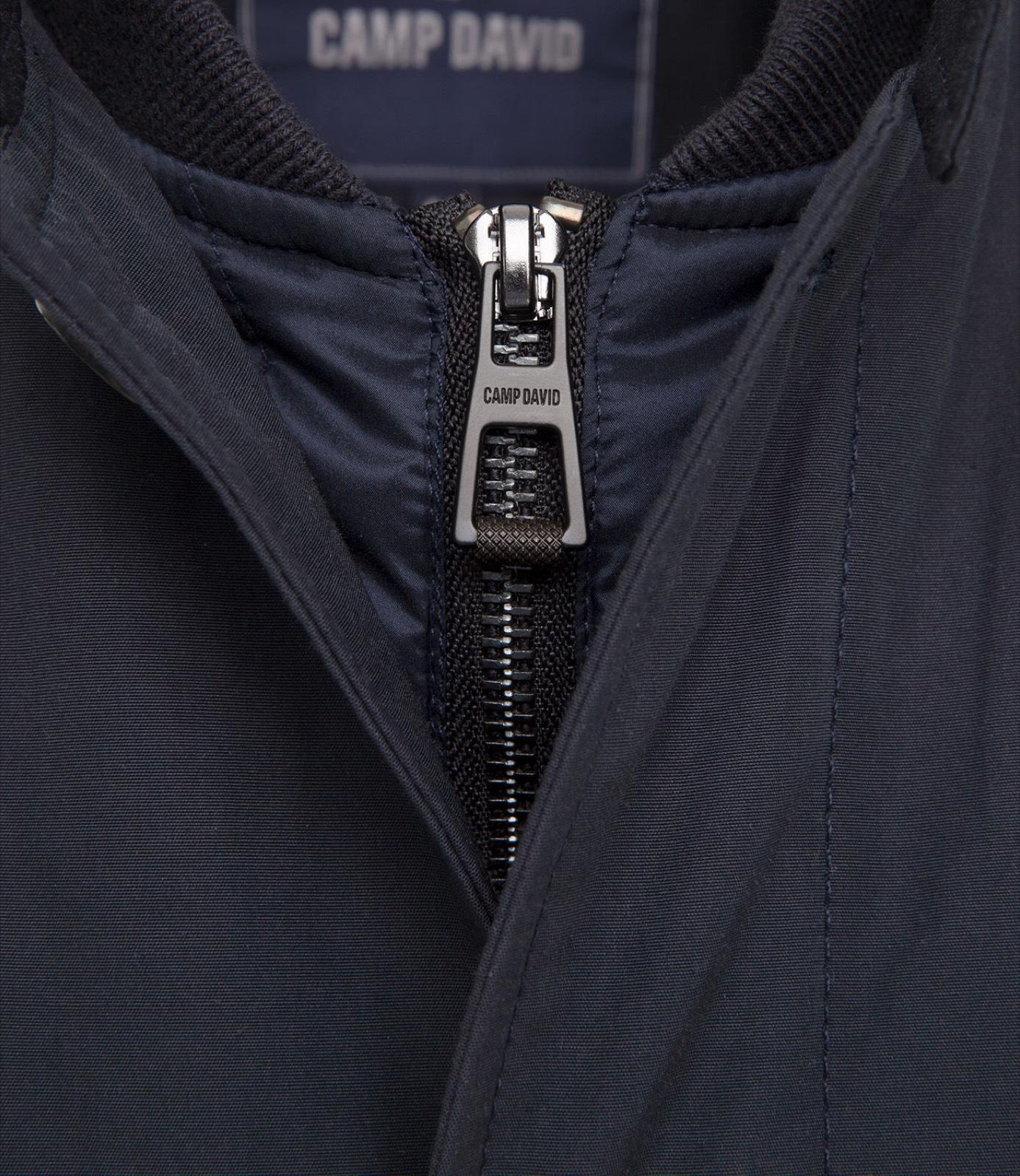 Mantel mit Nylon-Einsatz