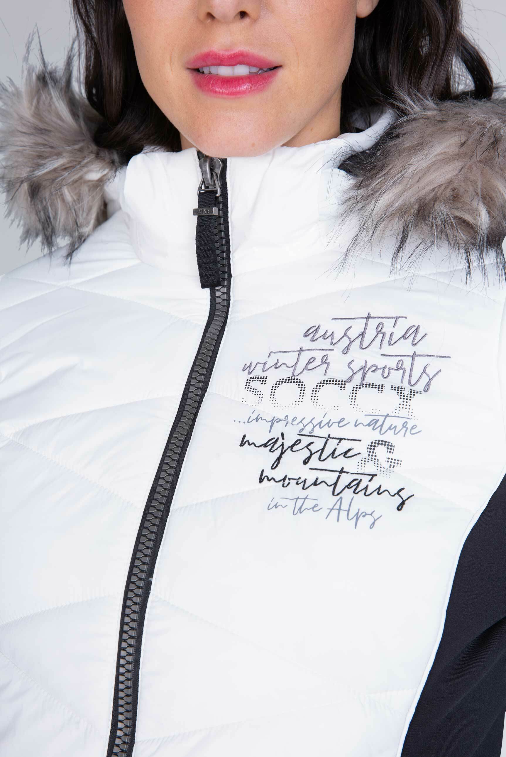 Winterjacke im Materialmix mit Kapuze