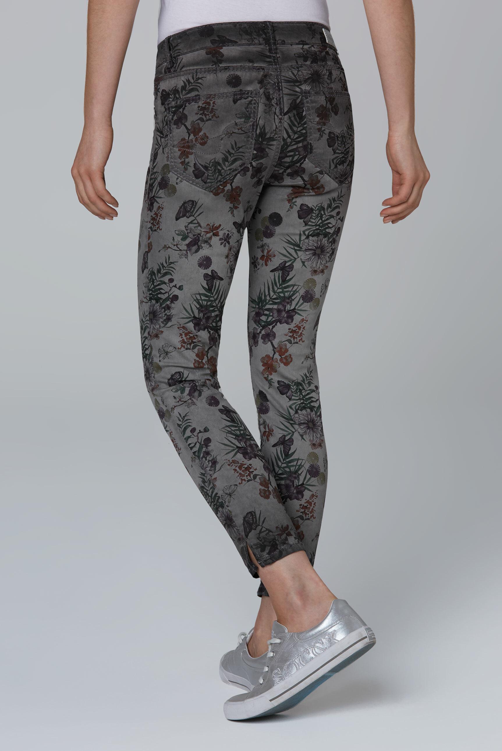 Coloured Jeans MI:RA mit All Over Print