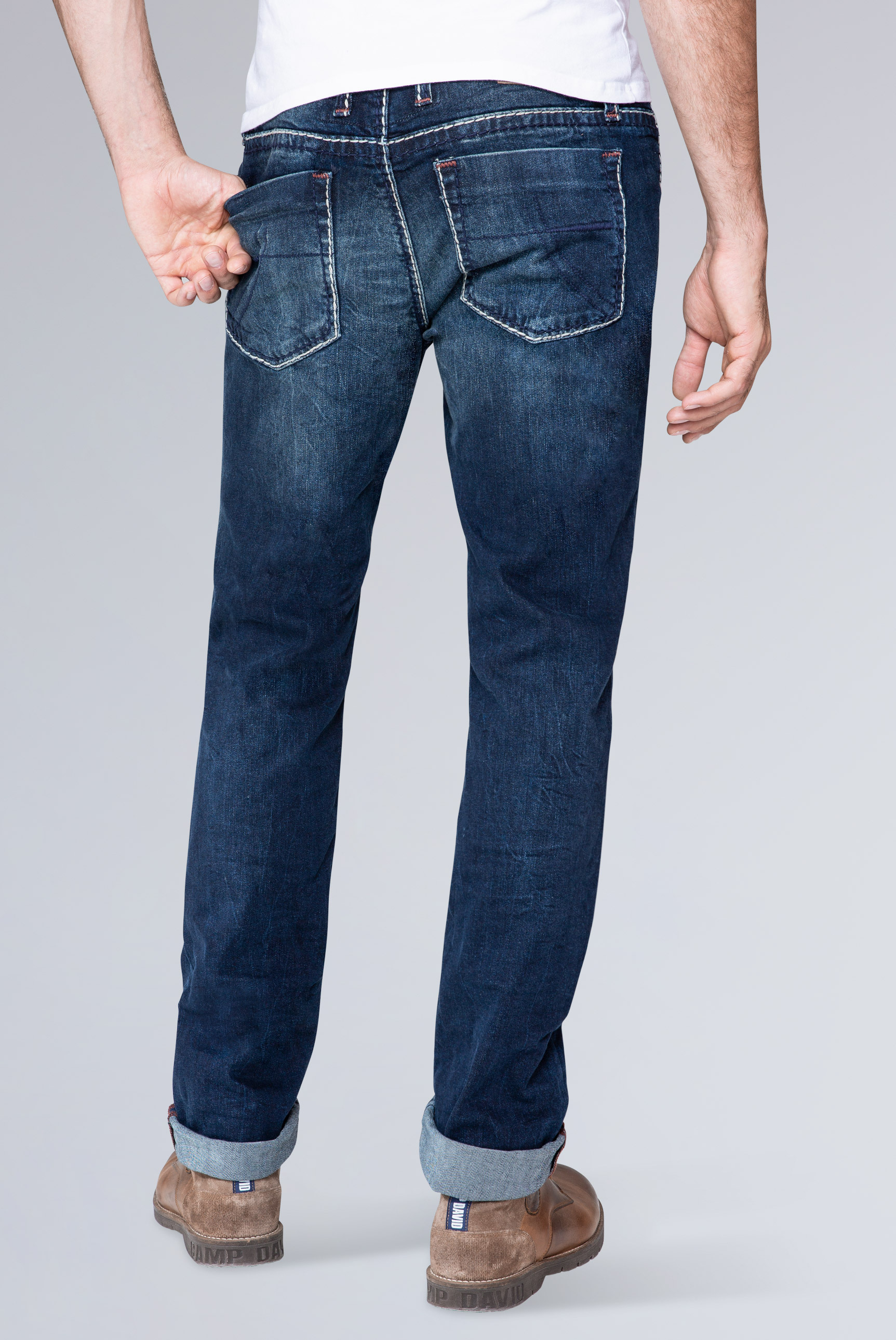 Regular Fit Dark Used Jeans NI:CO