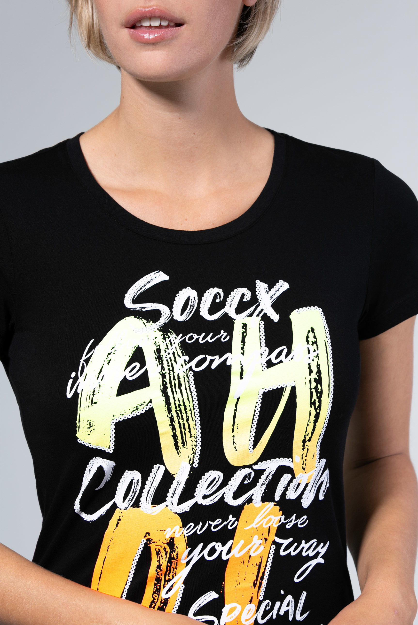 Rundhals-T-Shirt mit Gradient Print