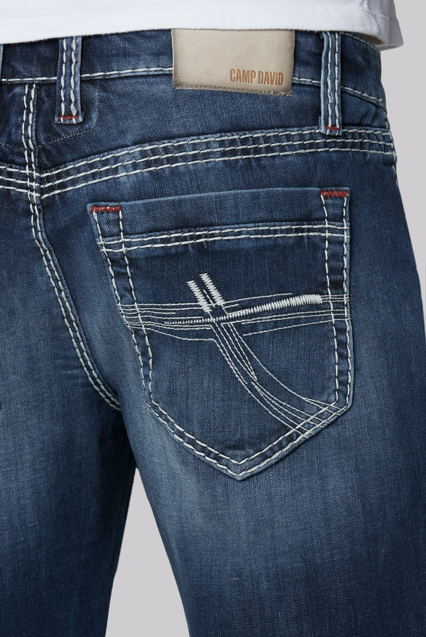 Skater Shorts RO:BI mit Knopfverschluss